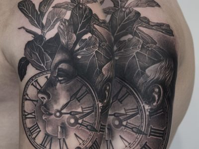 Black and grey tattoo, best black and grey tattoo, smooth shading tattoo, woman and clock face realistic tattoo, beautiful woman and time piece realistic tattoo, woman portrait tattoo, hyperrealism portrait tattoo, beauty and time piece tattoo